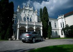 An autumnal fairy tale.  Composed by Peter Mosoni | Photography and Pappas Auto  [Mercedes-Benz GLE 350d 4MATIC | Combined fuel consumption 7.2–6.9 l/100km | Combined CO2 emission 187-180 g/km | http://benz.me/efficiency_statement]