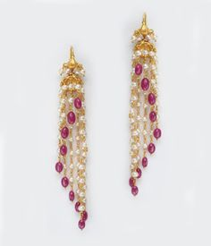 Die Silberschmuck Boot - All You Need to Know Gold Earrings Designs, Gold Jewellery Design, Bead Jewellery, Pearl Jewelry, Wedding Jewelry, Gold Jewelry, Jewellery Shops, Rose Fushia, Ruby Earrings