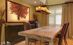 Tavoli in legno grezzo - Living con tavolo in legno grezzo
