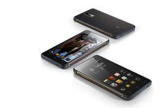 Hisense presenta en el MWC 2015 su Smartphone ultra robusto 4G LTE King Kong. Resistente y preparado para todo, impermeable y a prueba de polvo. #Hisense #smartphones #kingkong #resistente #4G #robusto #gorillaglass #aventura #tecnología