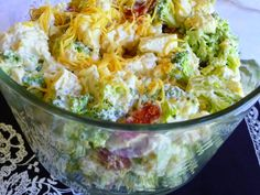 AMISH BROCCOLI SALAD This delightful salad with my own tweaks lends itself to some wonderful ideas for variations, so be s. Amish Recipes, Low Carb Recipes, Cooking Recipes, Healthy Recipes, Bariatric Recipes, Free Recipes, Amish Broccoli Salad, Broccoli Cauliflower, Broccoli Chicken