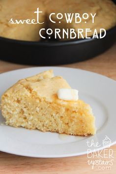 sweet cowboy cornbread // the baker upstairs http://www.thebakerupstairs.com