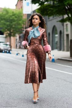 Mira looking ah-mazing in NYC. #MiroslavaDuma #Gucci