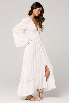 Baja Lace Duster Maxi Dress – Band of Gypsies Long White Dress Boho, White Flowy Dress, Flowy Summer Dresses, White Long Sleeve Dress, White Maxi Dresses, Grad Dresses, Elegant Dresses, Wedding Dresses, Boho Maternity Dress