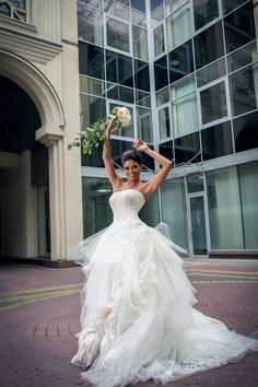 Прелестная Тина из группы Montana в платье от Vera Wang образе современной невесты! Больше образов в платьях Zuhair Murad на нашем сайте