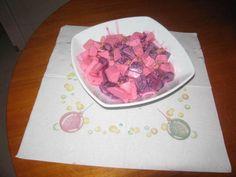 Ensalada de navidad. Ver la receta http://www.mis-recetas.org/recetas/show/4419-ensalada-de-navidad