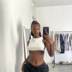 Pretty Black Girls, Beautiful Black Girl, Pretty People, Beautiful People, Brown Skin Girls, Black Girl Aesthetic, Body Inspiration, Selfie, Black Girl Magic