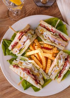 Chicken and Bacon Club Sandwich - Sandwiches, Burgers - Club Sandwich Recipes, Turkey Burger Recipes, Pub Food, Cafe Food, No Cook Appetizers, Health Dinner, Restaurant Recipes, Aesthetic Food, Food Cravings