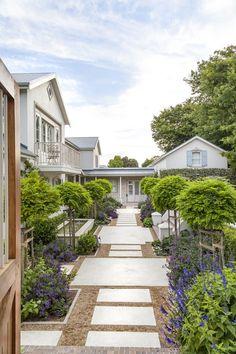 Designer: Tirzah Stubbs Style: Classical Garden Type: Private Garden Garden Types, Private Garden, South Africa, Sidewalk, Stairs, Gardens, Mansions, House Styles, Design