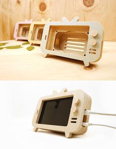 Plywood Projects, Small Wood Projects, Diy Furniture Projects, Diy Pallet Projects, Woodworking Projects Diy, Wood Phone Holder, Whittling Wood, Support Telephone, Art N Craft