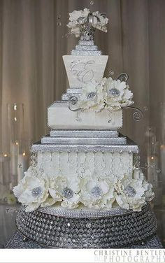 White and silver wedding cake. Grey and Silver Wedding Inspiration Bling Wedding Cakes, Bling Cakes, Wedding Cake Prices, Elegant Wedding Cakes, Elegant Cakes, Beautiful Wedding Cakes, Gorgeous Cakes, Fancy Cakes, Amazing Cakes