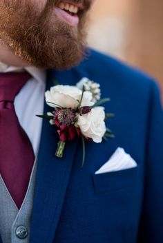 Burgundy and Pale Blue Winter Wedding | White and burgundy boutonniere #MariaGracePhotography #WinterWedding #Boutonniere #RoseBoutonniere