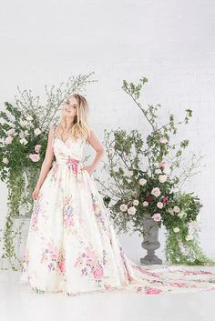 Eye candy: Charlotte Balbier Untamed Love Collection 2017 - Untamed Love (5). Read more: http://bridesupnorth.com/2016/05/17/eye-candy-charlotte-balbier-untamed-love-collection-2017/