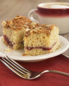 ¡Coffee Cake relleno de jalea! Prepara esta receta: http://www.sal.pr/?p=91463