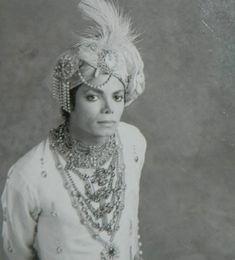Photo of bad for fans of The Bad Era 27855882 Invincible Michael Jackson, Photos Of Michael Jackson, Mike Jackson, Michael Jackson Bad Era, Jackson Family, Princesa Indiana, Joseph, The Jacksons, Brad Paisley