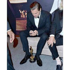 Con quien mensajea #Leo ???