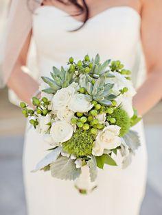 Hoa cưới với hoa sen đá