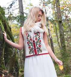 Vest based on traditional folk dresses. wool quality, and hand embroidered. Wool Vest, Folklore, Irene, Hand Embroidery, Knitwear, Short Sleeve Dresses, Feminine, Hands, Traditional