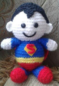 Superman #amigurumi #amigurumis #muñecostejidos #crochet #lana #tejido #tejiendo #tejidoamano #tejidocrochet #tejidos #lana #superman #muñecostejidosjoni #hechoamano #Ecuador #Quito