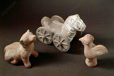 ROMAN CHILDREN'S TOYS / C1ST–5TH. Roman, 1st–5th century.  Children's toys. Roman Civilization. – Imperial Age toys, 1st–5th Century AD. Agora Museum (Archaeological Museum), Athens, Greece.