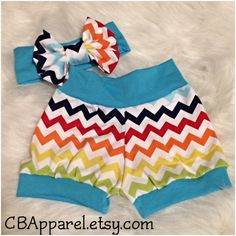 Love these multicolored chevron cuff shorts! Get your pair and be spring ready!! ☀️