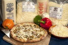 Recipe of the Month: Mozz-Prov Chicken & Pesto - PMQ Pizza Magazine Chicken Pizza Recipes, Pesto Chicken, Pesto Pizza, Pizza Pizza, Wisconsin Cheese, Good Pizza, Camembert Cheese, Menu, Farms