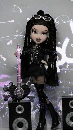 Rocker girl Bratz Doll Makeup, Bratz Doll Outfits, Black Bratz Doll, Brat Doll, Bratz Girls, Rocker Style, Rocker Girl, Poppy Parker, Black Cartoon