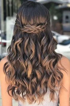 40 Pretty Prom Hairstyle Ideas for Curly Long Hair Hair with Curls Look Sensual . 40 Pretty Prom Hairstyle Ideas For Curly Long Hair Hairs with curls look sensual. People who have soft hair curls can be done but people who have natural curls , Wedding Hairstyles For Long Hair, Curled Hairstyles, Cool Hairstyles, Quince Hairstyles, Beautiful Hairstyles, Elegant Hairstyles, Summer Hairstyles, Halloween Hairstyles, Medium Hairstyles
