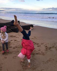 Happiness. #children #playing #handstands #fun #minibreak #apollobay #dusk by katiza http://ift.tt/1LQi8GE