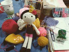 Amigurumis De Frida Kahlo : Amigurumis frida kahlo crochet feria central