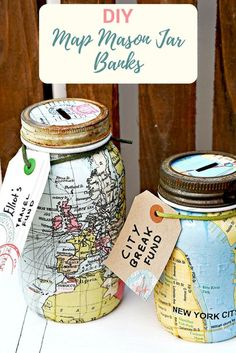 How To Create A Travel Themed Mason Jar Bank. I've been wanting to do a Mason jar craft for ages. It totally amazes me all the different ways you can upcycle a Mason jar, Angie of Country Chic Cottage must be the queen of Mason jar hacks and crafts Mason Jar Projects, Mason Jar Crafts, Crafts With Mason Jars, Diy Crafts Jars, Cool Diy, Mason Jar Bank, Mason Jar Cups, Pot Mason Diy, Painted Mason Jars