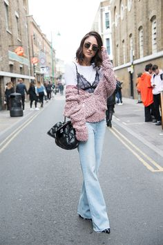How to Style Wide Leg Jeans Outfits | StyleCaster