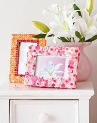 Button Picture Frames
