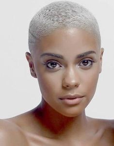 54 Cream Blonde Hair Color Ideas for Short Haircuts in Spring 2020 Short Grey Hair, Short Blonde, Short Hair Cuts, Short Hair Styles, Blonde Twa, Gray Hair, Short Natural Haircuts, Natural Hair Cuts, Natural Hair Styles