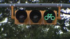 New bicycle signal installed in central Austin. (KXAN Photo/Chris Nelson)
