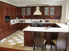 Kitchen with Peninsula