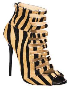Estampa de zebra por Jimmy Choo. <3