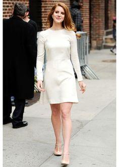 Porter robe blanche a un mariage