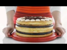 Tupperware Collapsible Cake Taker - YouTube