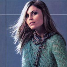 Кружевной свитер с воротником-шарфом