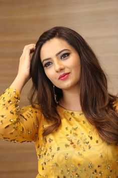 Most Beautiful Indian Actress, Beautiful Actresses, India Beauty, Asian Beauty, Indian Actress Gallery, Beautiful Women Pictures, Beauty Full Girl, Indian Celebrities, Girl Pictures