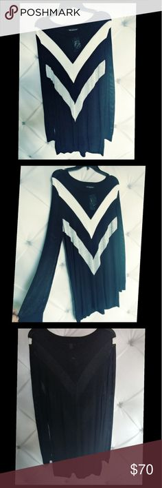 INC International Concepts TunicTop Women's Knit Dress. Black, silver and off white.93% rayon 6% nylon INC International Concepts Tops