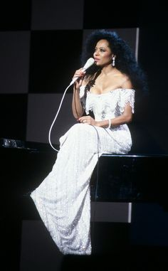 Diana Ross' Most Major Fashion Moments Ever