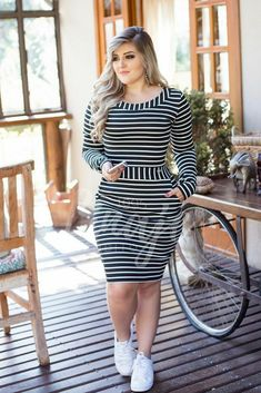 Plus size outfits Curvy Fashion, Plus Size Fashion, Girl Fashion, Fashion Outfits, Womens Fashion, Moda Fashion, Cute Dresses, Dresses For Work, Dresses With Sleeves