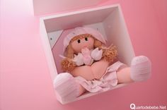 nicho com bonecas