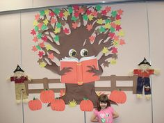 reading 32 Bright Collection of Fall Bulletin Board Ideas Apple Bulletin Boards, November Bulletin Boards, Thanksgiving Bulletin Boards, Halloween Bulletin Boards, Christmas Bulletin Boards, Reading Bulletin Boards, Winter Bulletin Boards, Preschool Bulletin Boards, Bulletin Board Display