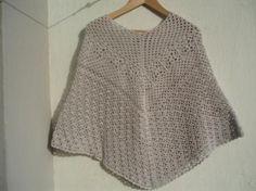 La ventana azul: 57.- Poncho a crochet free patern
