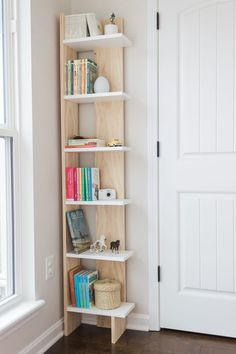 Corner Bookshelves, Bookshelves In Bedroom, Small Bookshelf, Bookshelf Design, Small Bookcase With Doors, Ideas For Bookshelves, Diy Bookcases, Bookcase Door, Home Decor Furniture