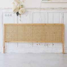 Double cane headboard - Sale of rattan bedroom furniture - Tikamoon 179 € . Rattan Headboard, Headboards For Beds, Diy Bed Headboard, Headboard Ideas, Homemade Headboards, Daybed Bedding, Gray Bedding, Neutral Bedding, Floral Bedding