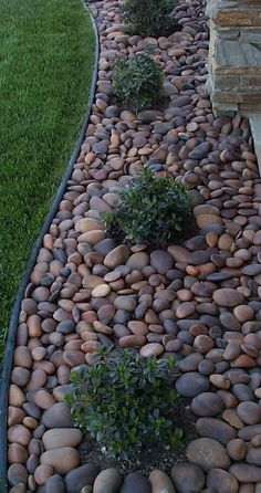 Adorable 75 Fresh and Beautiful Front Yard Landscaping Ideas https://wholiving.com/75-fresh-beautiful-front-yard-landscaping-ideas #landscapingandoutdoorspaces #FarmhouseLandscape